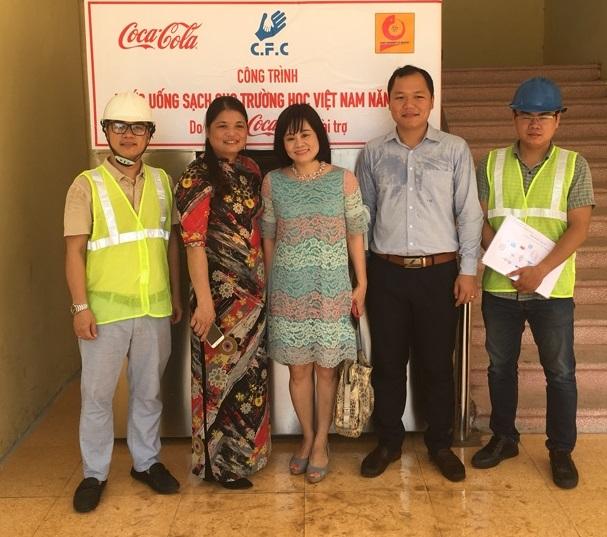 """Nghiệm thu đề án NCKH cấp trường: """"Nghiên cứu, thiết kế và chế tạo hệ thống lọc nước sử dụng công nghệ từ trường và oxy hóa sâu nhằm cung cấp nước uống trực tiếp cho Trường THCS trên địa bàn huyện Phú Xuyên – Hà Nội"""""""
