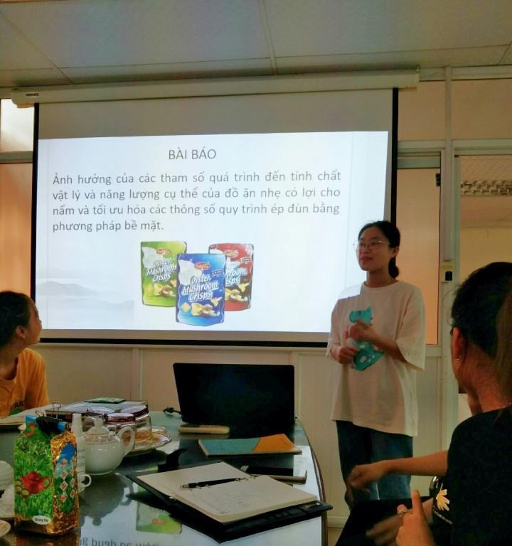 Seminar của sinh viên nghiên cứu khoa học ngành Công nghệ Thực phẩm tại Viện Công nghệ HaUI